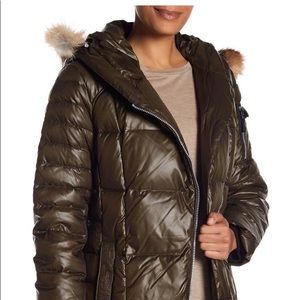 ANDREW MARC Down Feather Fill Coat